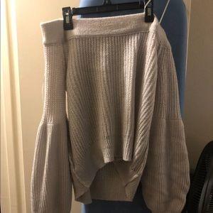 Off shoulder ballon sleeve sweater
